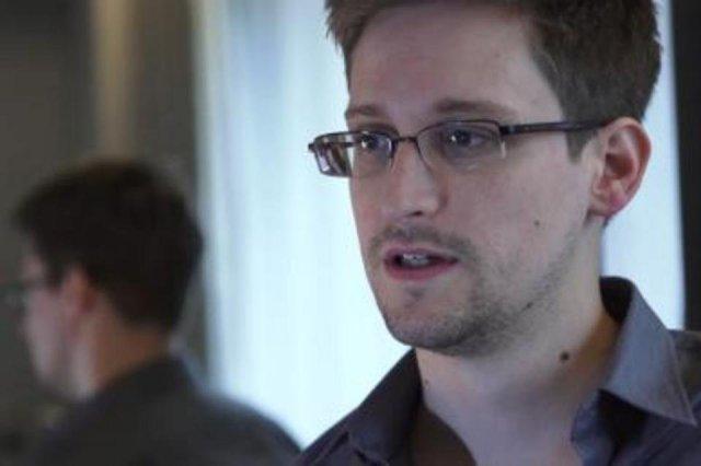 Edward-Snowden-27jun13