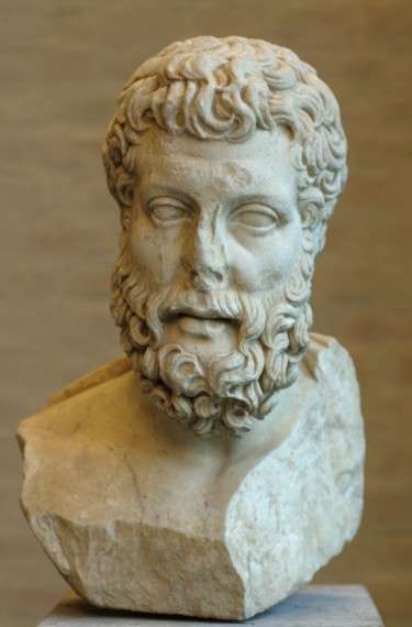 """Ο Μητρόδωρος ο Λαμψακηνός ήταν αρχαίος Έλληνας επικούρειος φιλόσοφος τον οποίον ο Κικέρων αποκαλούσε """"Δεύτερο Επίκουρο"""". Γεννήθηκε περίπου το 330 π.Χ. και πέθανε το 277 π.Χ. Υπήρξε από τους προσφιλέστερους μαθητές του Επίκουρου ο οποίος και του αφιέρωσε πολλά συγγράμματά του."""