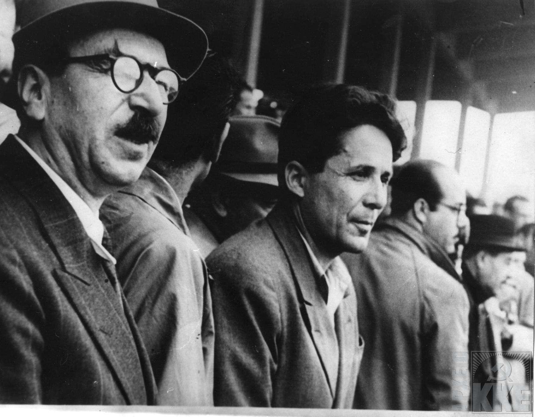 Κατά το πνεύμα της ρητορικής του για μια ειρηνική λύση του ελληνικού πολιτικού ζητήματος, ο Νίκος Ζαχαριάδης (δεξιά) στράφηκε το 1945 κατά του ΝΟΦ (Λαϊκό Απελευθερωτικό Μέωπο), της διάδοχης οργάνωσης του ΣΝΟΦ που προπαγάνδιζε τη συνένωση του «μακεδονικού λαού» και δρούσε ανεξέλεγκτα στην ελληνική Μακεδονία.