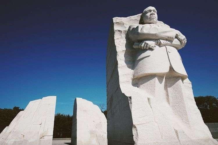 Σκέφτομαι πολύ συχνά τον Μάρτιν Λούθερ Κινγκ. Κάθε καλοκαίρι περνάω από το σημείο όπου δολοφονήθηκε στο Μέμφις και του μιλάω νοερά.