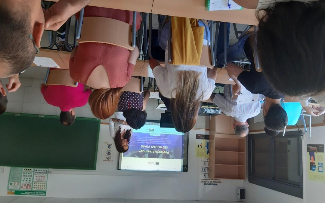Erasmus+presente  en la reunión inicial para nuevos docentes del IES