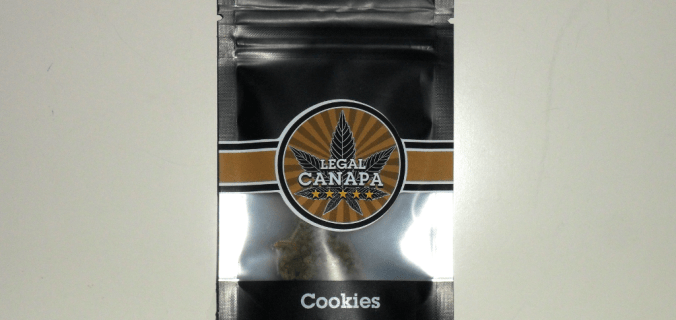 Bustina nera di canapa legale Cookies
