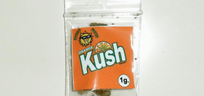 Bustina di canapa legale Orange Kush di Sunny Weed