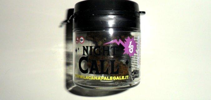 Barattolo di canapa legale Night Call di Call the Dealer