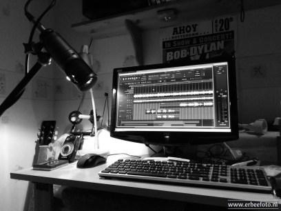 Mijn studio! Hier spendeer ik heel wat uurtjes met de gitaar!