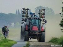 erbeefoto_Tractor met Stofwolken