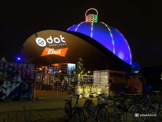 De Grootste Kerstbal ter wereld: DOT Groningen