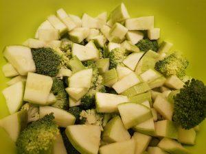 broccoli si dovlecei cuburi