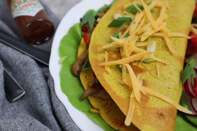 omleta de naut cu legume la tigaie