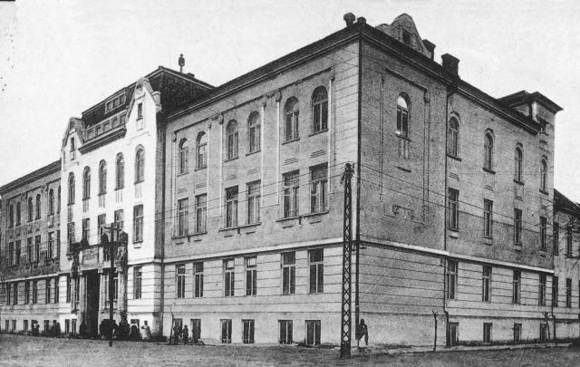 06.-Faipari-Iskola