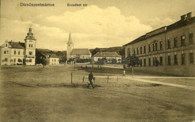 Dicső Erzsébet tér