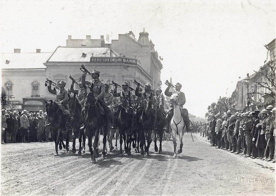 Megszállt Karácsony - a román hadsereg bevonulása Kolozsvárra