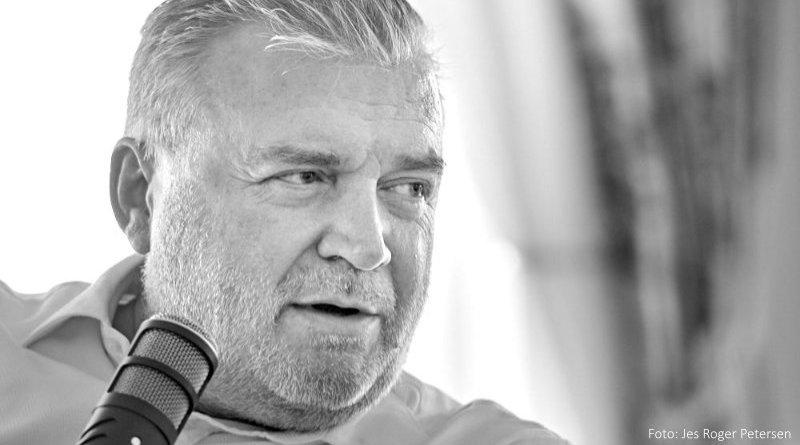 Lars SeLars Seier Christensen interviewes af Bjørn Vestergaard Barfoed. ier Christensen interviewes af Bjørn Vestergaard Barfoed