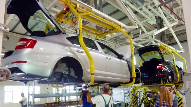 За десять лет автопром в Украине почти перестал выпускать продукцию – рухнул в 90 раз