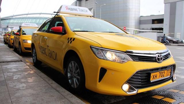 «Яндекс.Такси» в Латвии стало легальным