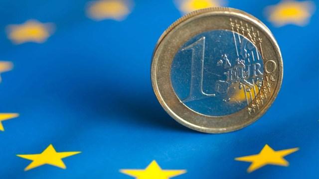 Болгария отложила вступление в зону евро
