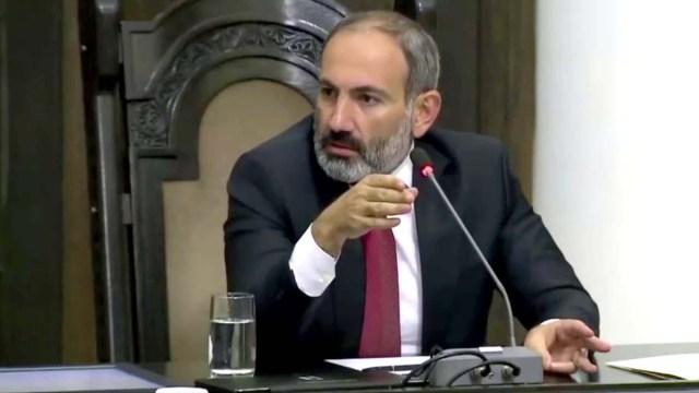 Армения продлила режим ЧП до середины сентября