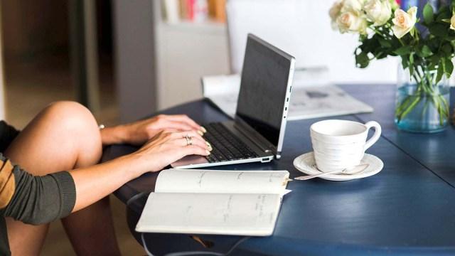 Германия предоставит сотрудникам право работать на дому