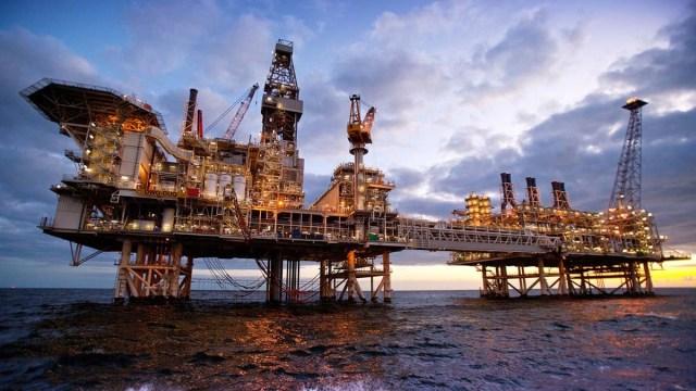 Нефтяной фонд Азербайджана тратит больше, чем получает