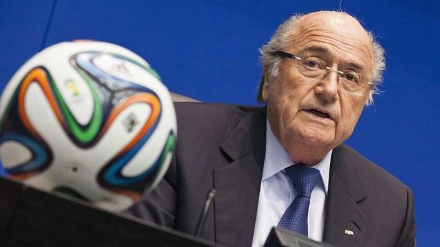 FIFA обвиняет бывшего президента в растрате средств