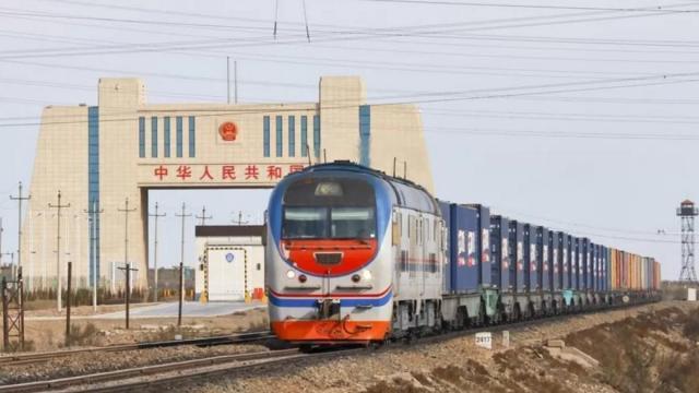 Из Китая в Европу – маршруту 10 лет