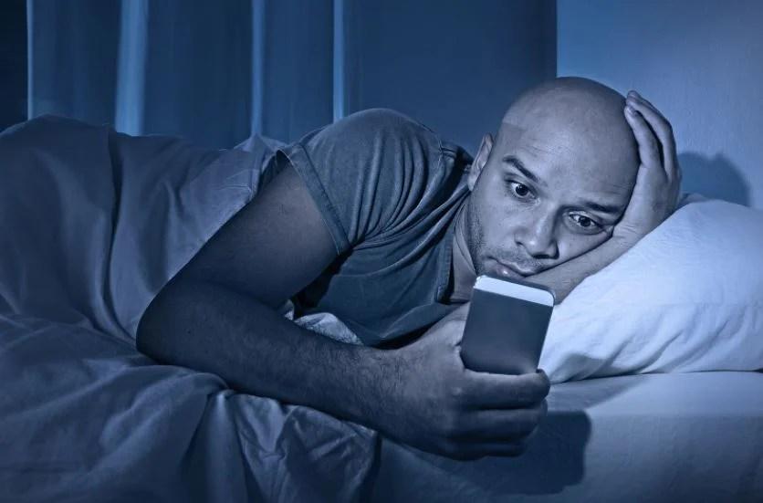 ¿Cómo afecta dormir poco?