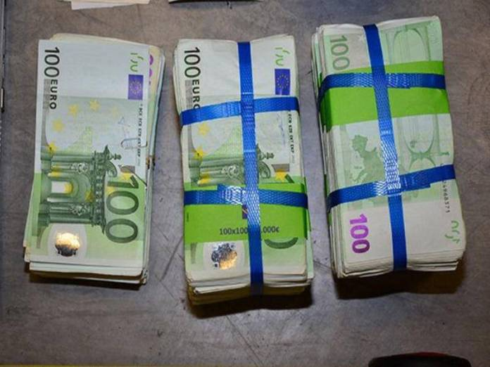 αναδιάρθρωση του ελληνικού χρέους