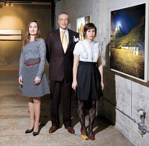 רוני פורר (במרכז), לצד נטלי סמית ועירית פופר-כרמון. צילום: אייל טואג, דה-מרקר