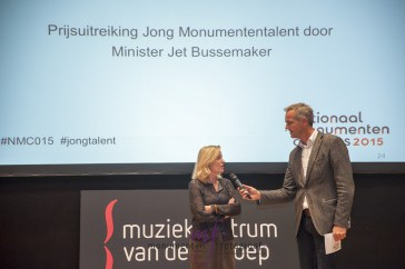 Pierre interviewt minister Bussemaker Foto: Leontine van Geffen-Lamers