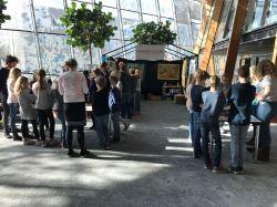 Schoolklas op bezoek Foto via ArcheoHotspots