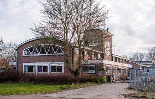 De voormalige N.V. Hoek's Machine- en Zuurstoffabriek aan de Pop Dijkemaweg in Groningen