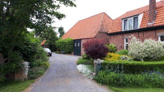 Boerderij d'Inlaeghe bij het Zeeuws-Vlaamse dorp Oostburg