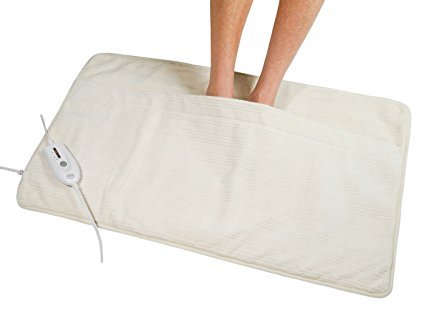 best-heating-pads-serta-ultra-plush-triple-rib-electric-heated-foot-warmer-natural