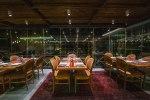 Παπαθανάσης: Στις 12 παραμένει το κλείσιμο μπαρ, εστιατορίων