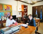 Συνάντηση του Δημάρχου Αριστοτέλη με τον Υπουργό κ. Στέλιο Πέτσα