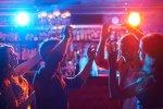 10.000 ευρώ  και λουκέτο  σε καφέ – μπαρ, για εξυπηρέτηση όρθιων πελατών στη Χαλκιδική