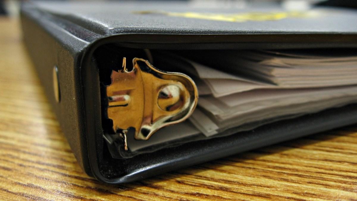 勉強や仕事を効率的にするとき、キャンパスノートとルーズリーフどちらがいいの?
