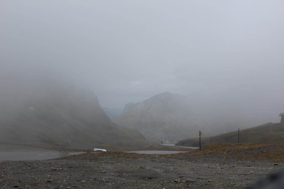 La descente va être très difficile très humide et très froide