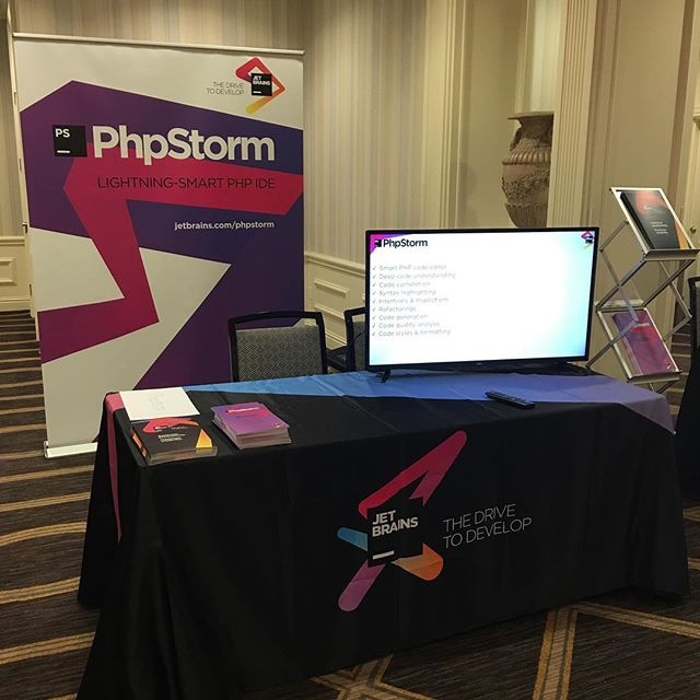 #phpstorm booth at #phptek!