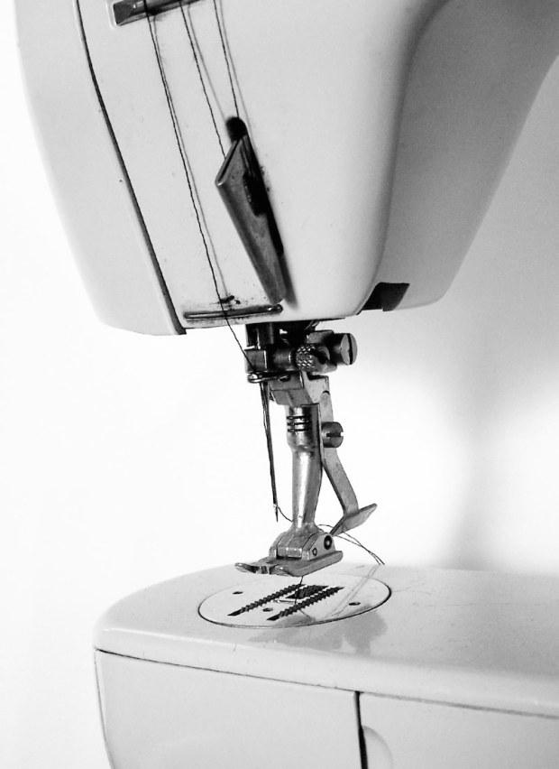 sewing-machine-vintage