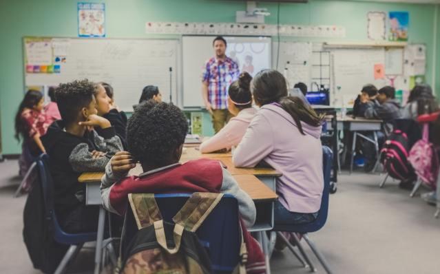 An example of a high school classroom.
