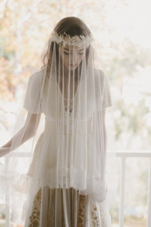 DUCHESSE SILK TULLE CHANTILLY LACE BLUSHER VEIL