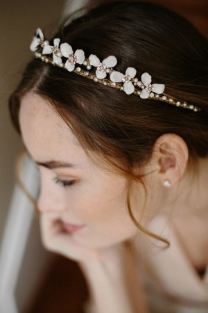 PRETTY THING FLORAL BRIDAL CROWN