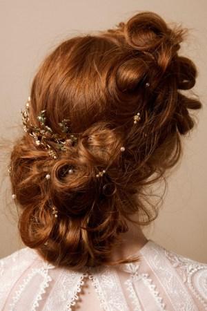 HIDDEN TREASURE STRING OF JEWELS HAIR ACCESSORY