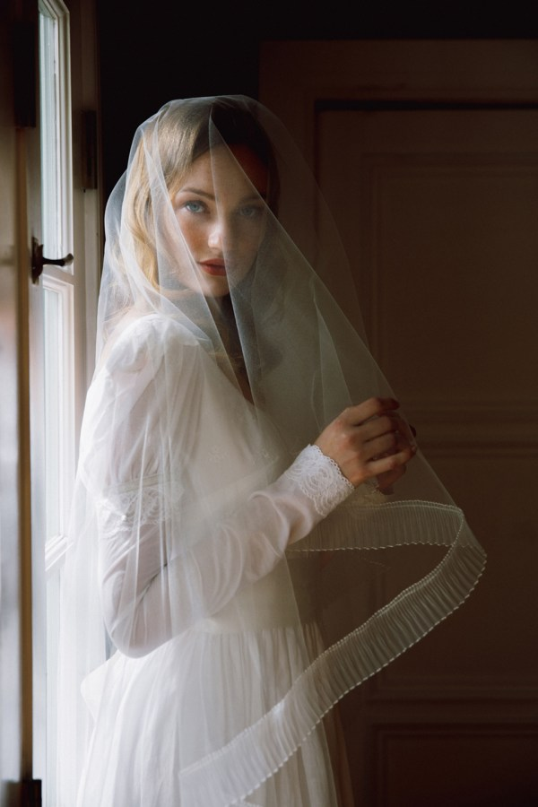 Avalon pleated organza edge veil