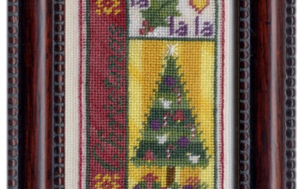 Christmas Bits | Original counted thread designs by Linda Stolz for Erica Michaels Designs | EricaMichaels.com