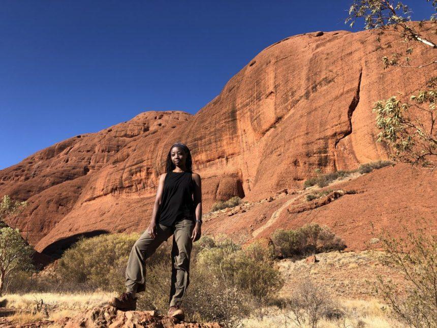 wellness blogger Erica Rascon hikes Kata Tjuta
