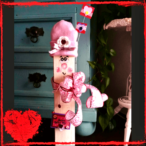 Wooden Valentine's Day Craft Decor © 2018 ericarobbin.com