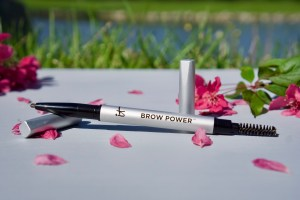 IT Cosmetics Brow Power Universal Eyebrow Pencil © 2019 ericarobbin.com | All rights reserved.