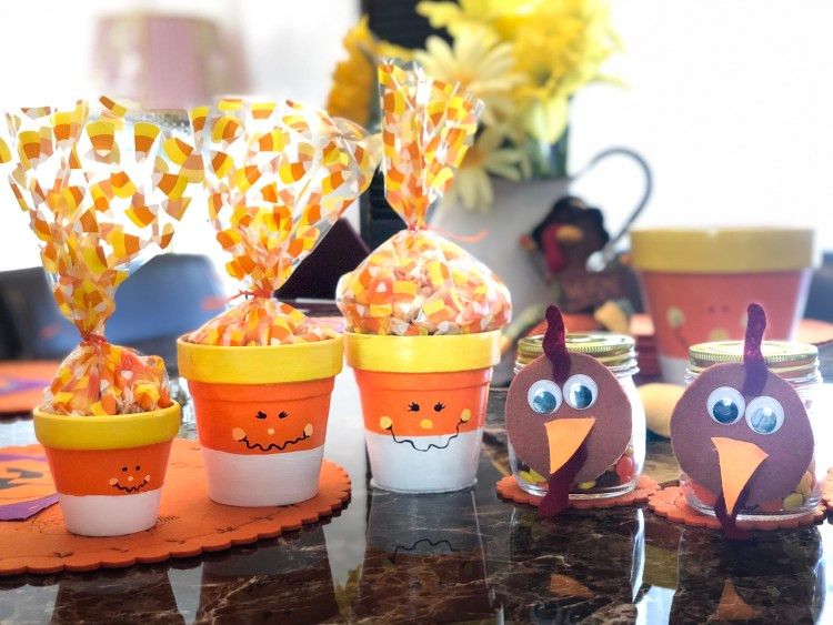 Cute fall, autumn, Thanksgiving crafts and centerpieces and gifts | Erica Robbin